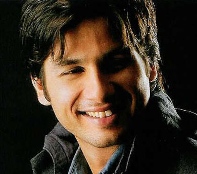 Shahid Kapoor Hot Wallpapers